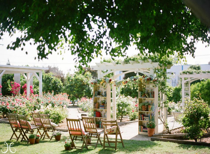 What a perfect garden wedding This just screams for a garden tea service